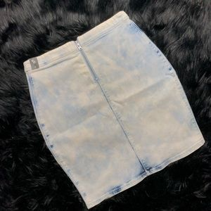Zipper Back Acid Wash Denim Skirt